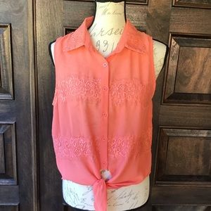 BLVD- Coral Lace Panel Sleeveless Top